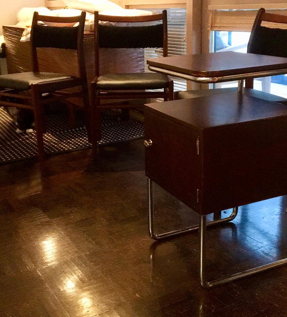 Funkkis-yöpöytä Merivaara 30-luvulta