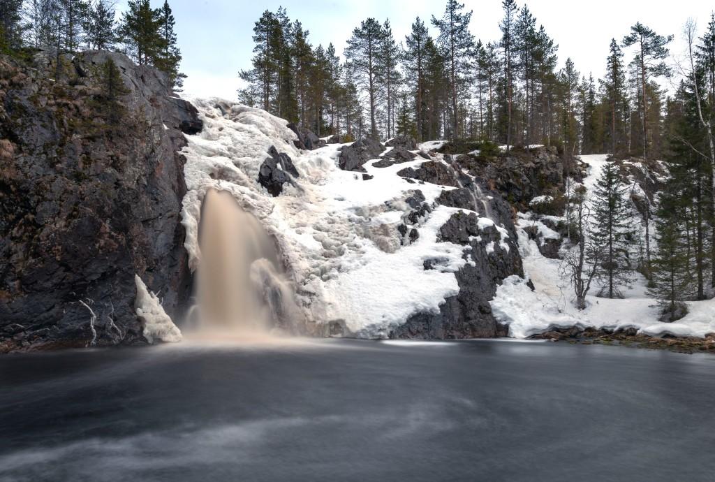 Hepoköngäs on Suomen korkein vesiputous