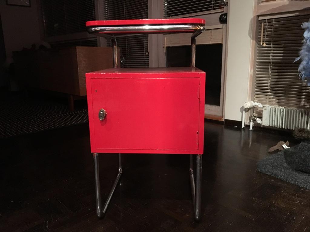 Funkkis-yöpöytä 30-luvulta